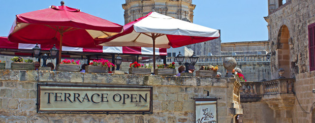 Eating is my second favorite thing to do in a new country after roaming the streets and taking photos. Malta was no exception. Here's various restaurants we ate at around the islands based on family/friend recommendations and TripAdvisor rankings and reviews.